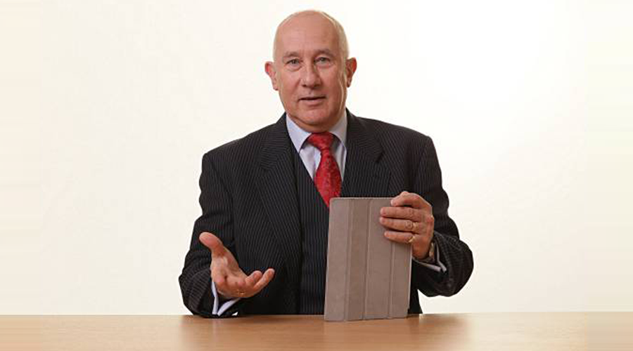 geoff burch with ipad in hand